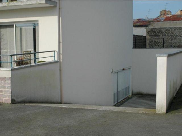 Portes de garage en accord on safir w703 a ro contact for Porte de garage safir