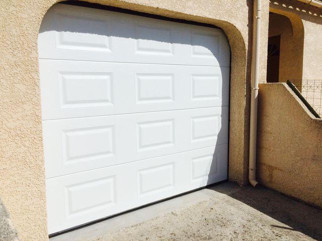 Portes de garage sectionnelles safir s r na cassettes for Porte de garage safir