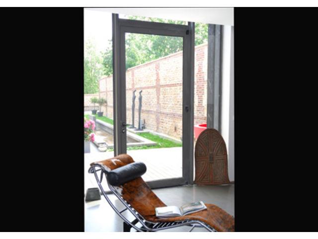 portes titane aluminium technal contact alu express. Black Bedroom Furniture Sets. Home Design Ideas