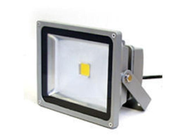 projecteur led rvb 12v 10w 140 degres contact la lumiere led. Black Bedroom Furniture Sets. Home Design Ideas