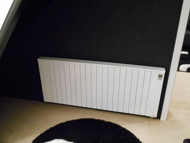 radiateur electrique inertie horizontal jawotherm 2000 w r f 20b09n contact dangel electro. Black Bedroom Furniture Sets. Home Design Ideas