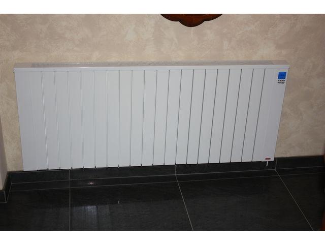 radiateur electrique inertie horizontal jawotherm 2000 w r f 20b12n contact dangel electro. Black Bedroom Furniture Sets. Home Design Ideas