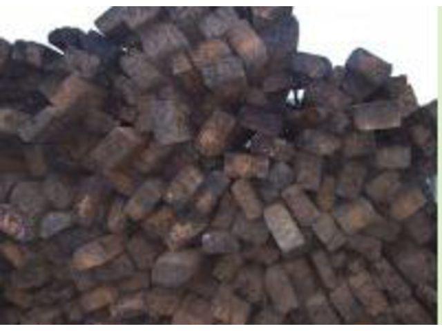 recyclage bois de palettes r sidus de bois trait s. Black Bedroom Furniture Sets. Home Design Ideas