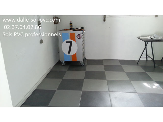 r novation sol garage contact dalle sol pvc com une activit apara. Black Bedroom Furniture Sets. Home Design Ideas