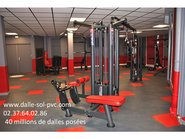 revetement de sol fitness contact dalle sol pvc com une activit apara. Black Bedroom Furniture Sets. Home Design Ideas