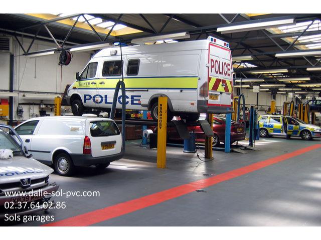 Revetement epoxy sol garage contact dalle sol pvc com for Revetement acces garage