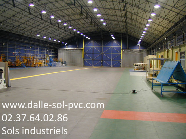 Rev tement sol entrep t stockage contact dalle sol pvc for Fissure sol garage