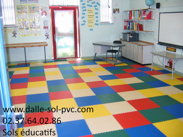 Revetement sol pour ecole creche contact dalle sol pvc for Revetement sol sous sol