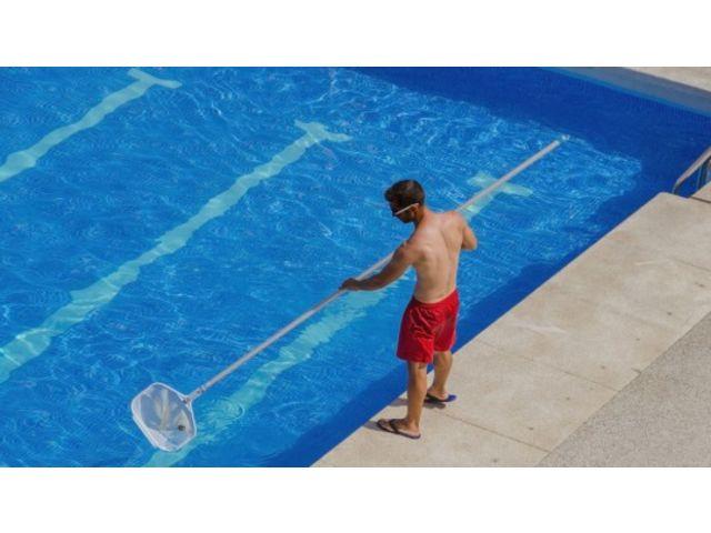 Solutions pour le traitement de l 39 eau dans les piscines for Traitement de l eau piscine