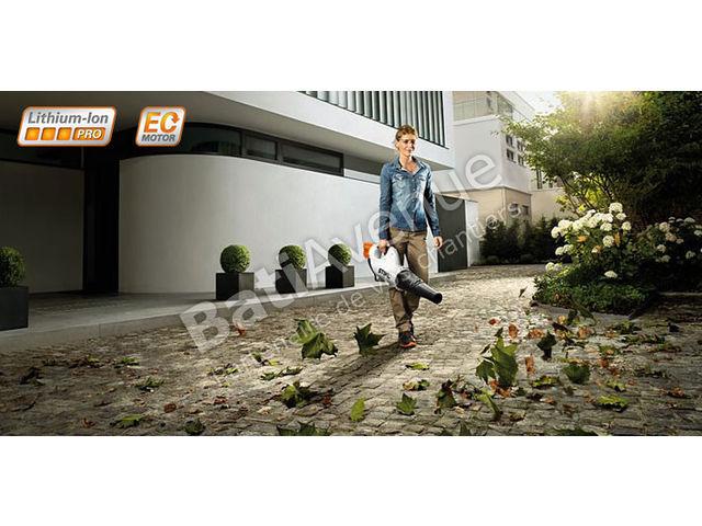 stihl souffleur batterie bga 85 vendu avec batterie ap180 et chargeur al300 48532000012. Black Bedroom Furniture Sets. Home Design Ideas