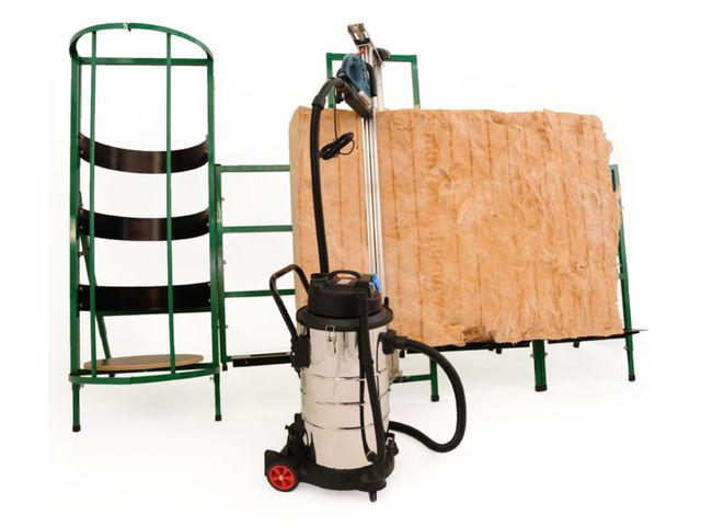 syst me de d coupe polyvalent pour les mat riaux isolants en rouleaux et panneaux d coupeuse. Black Bedroom Furniture Sets. Home Design Ideas