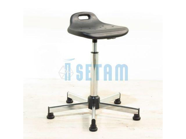 tabouret assis debout en polyur thane professionnel contact setam rayonnage et mobilier. Black Bedroom Furniture Sets. Home Design Ideas