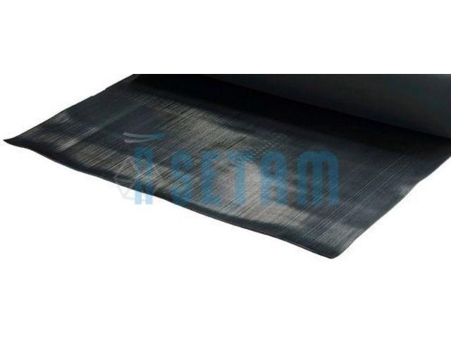 Carrelage design tapis au metre moderne design pour for Tapis de couloir au metre