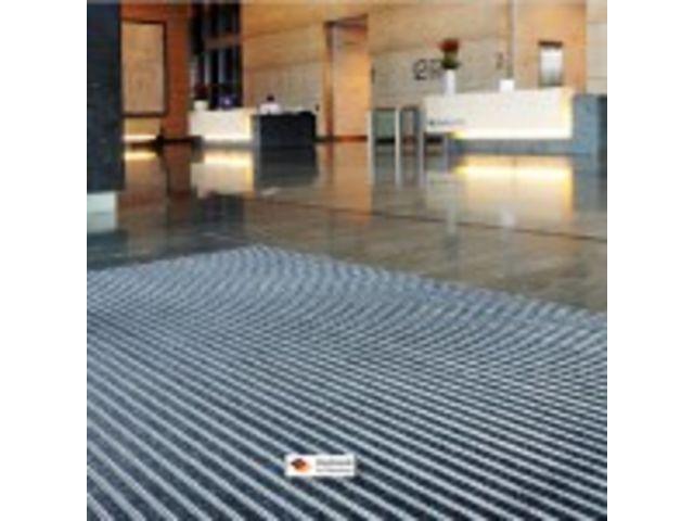 tapis int rieur structure aluminium h 22 mm prix au m2 contact magequip sas. Black Bedroom Furniture Sets. Home Design Ideas