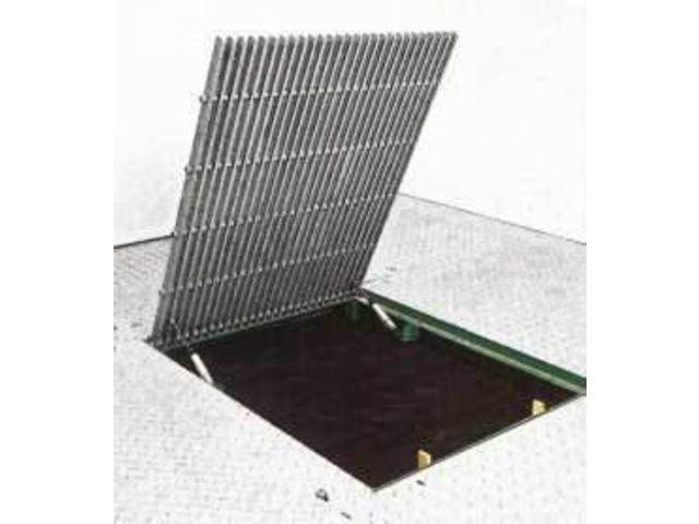 Trappe de plancher en materiau composite contact coutier - Point p trappes ...
