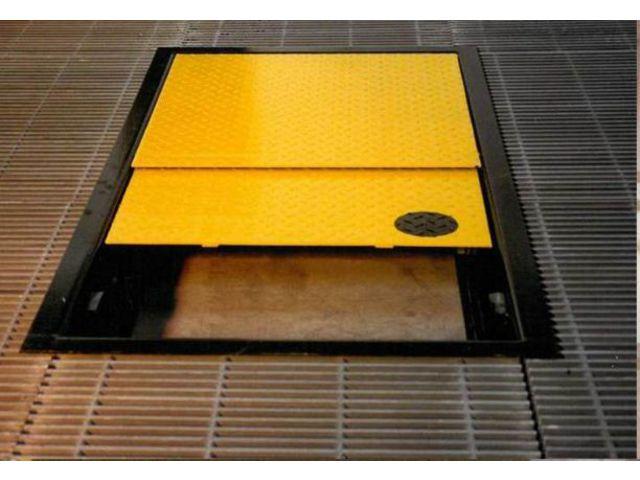 Trappes coulissantes pour echelles fixes contact coutier - Trappe de visite plafond avec echelle ...