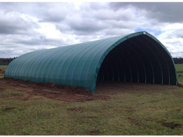 Tunnel de stockage agricole grande hauteur abri de for Abri de stockage agricole