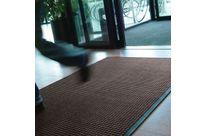 tapis d 39 entr e boucles grattantes et bords biseaut s contact axess industries. Black Bedroom Furniture Sets. Home Design Ideas
