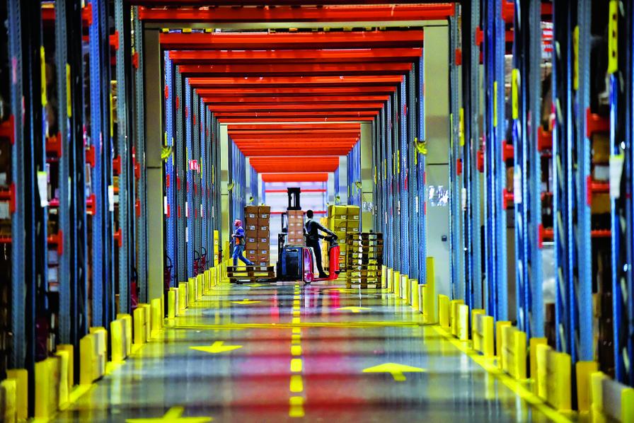 Pourquoi Lentrepôt Ne Connaît Pas La Crise Logistique