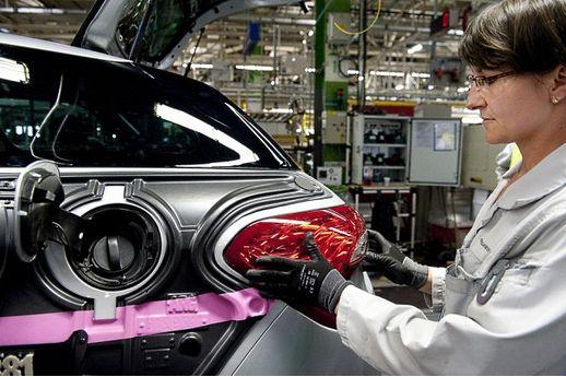 honda commercialisera une voiture hydrog ne en 2015 l 39 usine auto. Black Bedroom Furniture Sets. Home Design Ideas