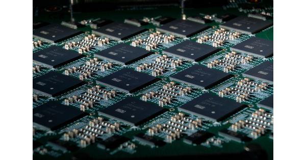 Intel lance un système de calcul neuromorphique à 8 millions de neurones