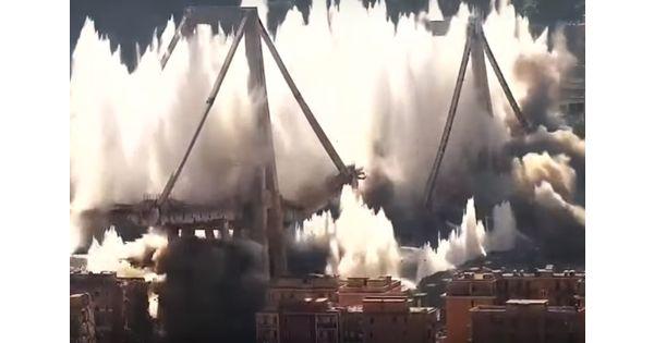 Le dynamitage du pont Morandi, une éolienne prend feu, des 737 MAX stockés sur des parkings... L'actu de la semaine en cinq images
