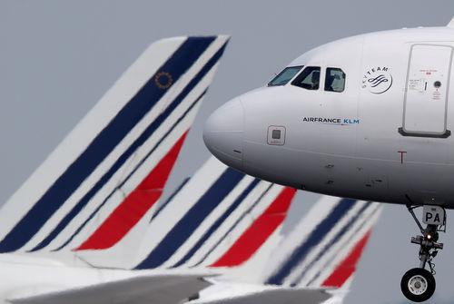 Plan de départs en vue pour le personnel au sol — Air France