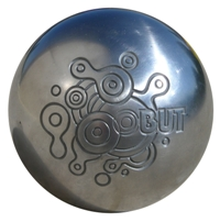 Obut: il veut rendre design la boule de pétanque dans La une 000128590