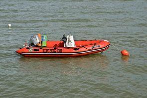 Z Marine Sevres Un bateau gonflable