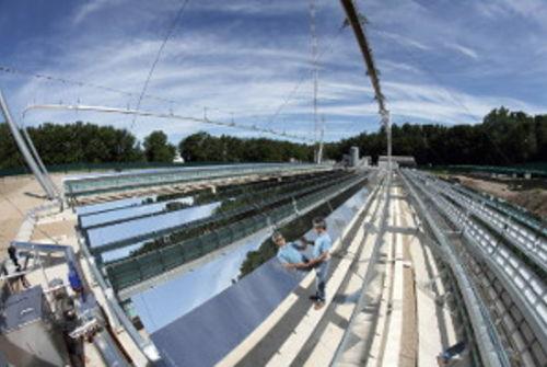 Avec la centrale solaire pilote alsolen mid coop ration for Miroir de fresnel