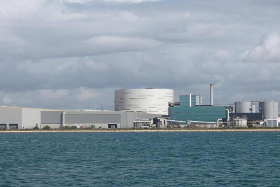 Le centre de traitement de d chets de fos sur mer for Piscine fos sur mer