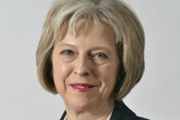 Theresa May opte pour un Brexit dur