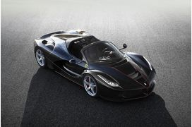[Photos] LaFerrari s'offre une version roadster