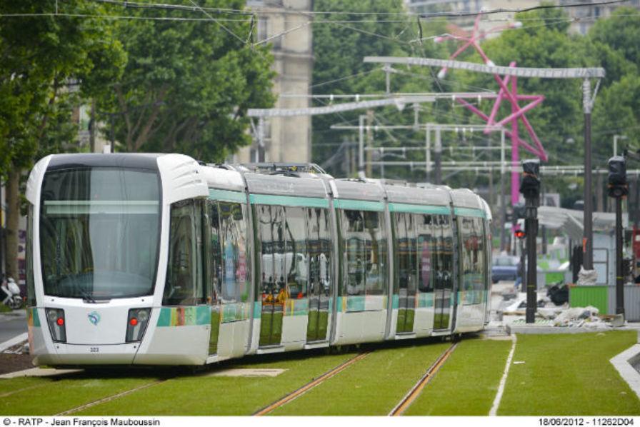 le tramway parisien met le cap au nord. Black Bedroom Furniture Sets. Home Design Ideas