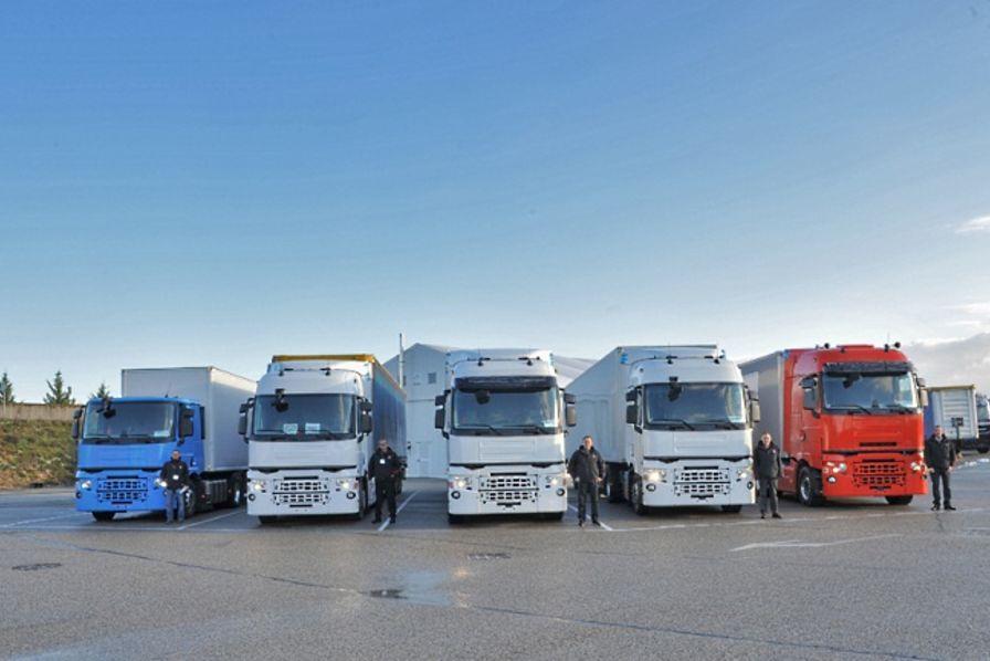une nouvelle gamme de camions pour relancer renault trucks quotidien des usines. Black Bedroom Furniture Sets. Home Design Ideas