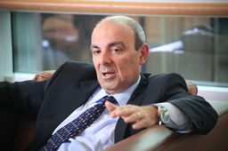 "Eric Trappier, PDG de Dassault aviation : ""On se prépare à un grand avenir en Inde"""