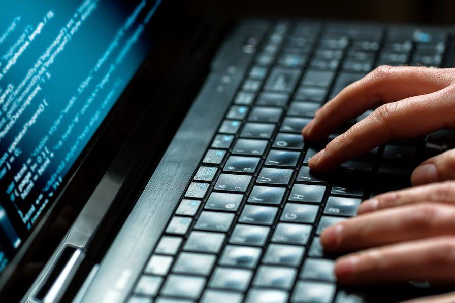 L'actu de la MARINE NATIONALE, de notre défense et de nos alliés /2 - Page 13 Piratage-hack-cybersecurite
