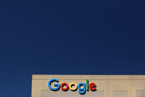 Alphabet, maison-mère de Google, envisage un investissement dans Lyft