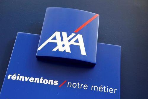 Réorganisation majeure et départs de dirigeants historiques — Axa