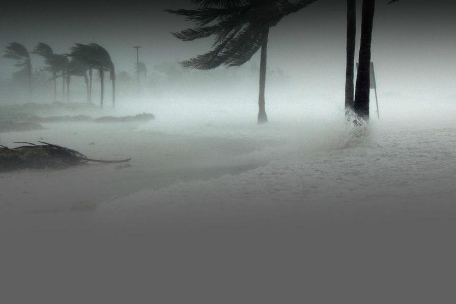 Pourquoi l'ouragan Harvey fait baisser le pétrole