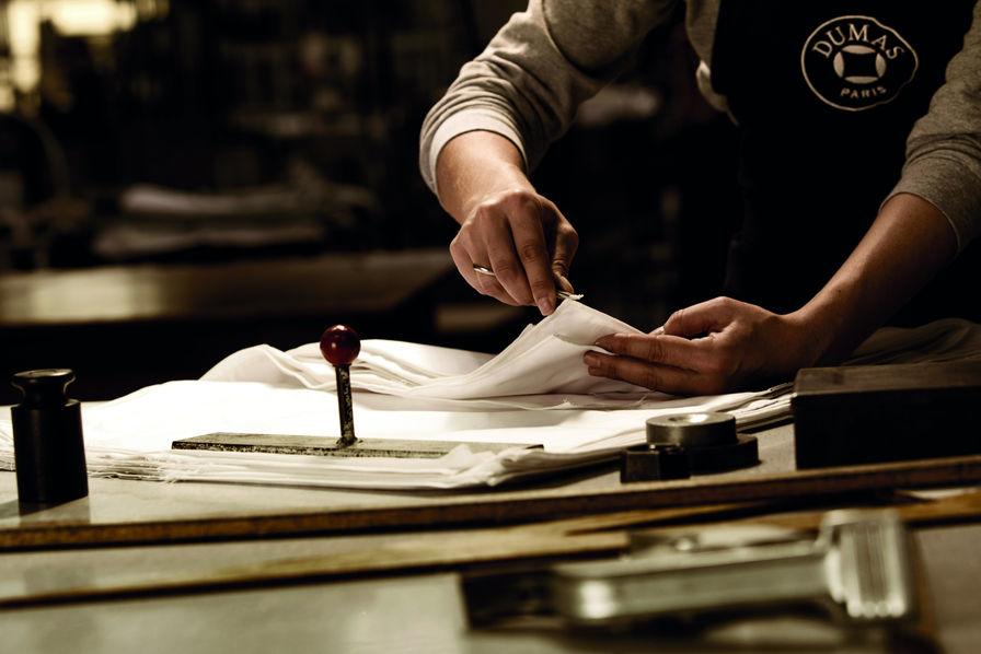 3550574bc4 Dumas Paris veut rendre ses lettres de noblesse à la literie - Luxe
