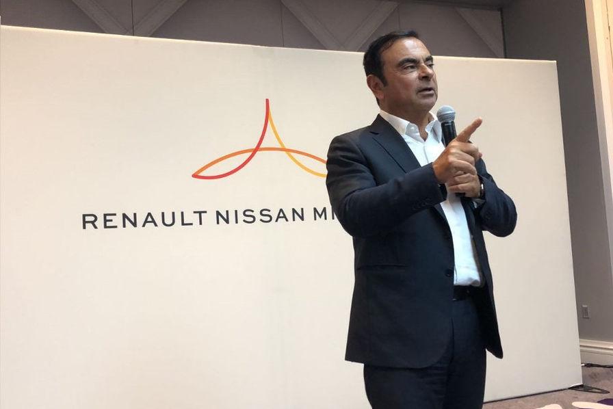 Renault et Nissan discutent fusion