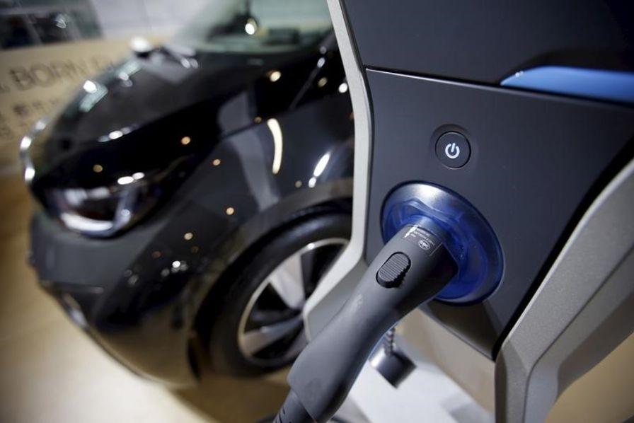 100.000 électriques annuels dès 2017 — BMW