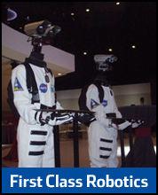 First Class Robotics : il passe les petits fours