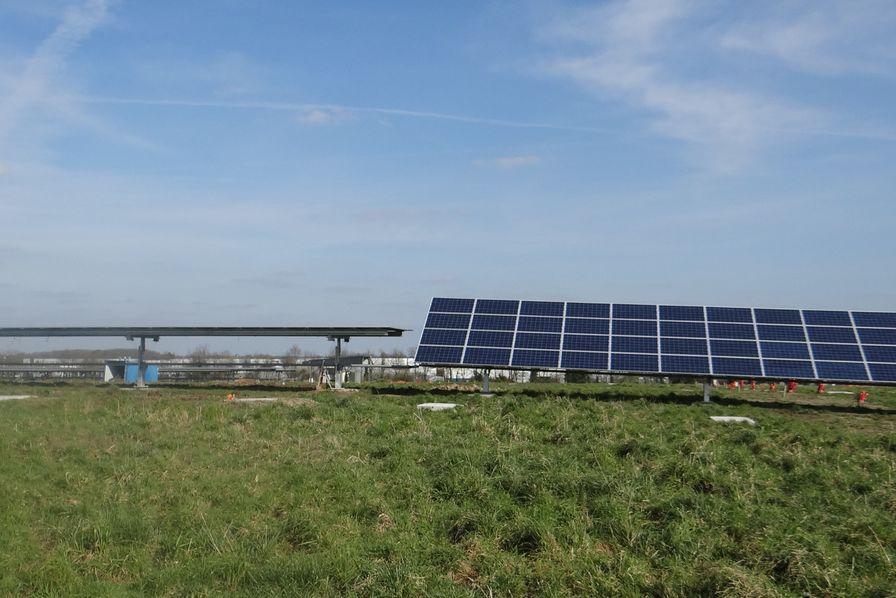 Vend e energie se dote d une centrale photovolta que sur for Piscine poire sur vie
