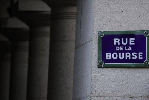 Bourse: l'affolement gagne Wall Street, le Dow Jones perd plus de 6%