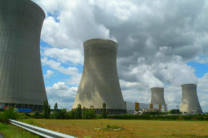 Centrale nucléaire EDF de Dampierre-en-Burly (Loiret)