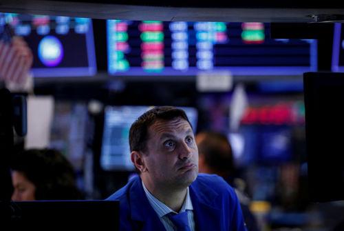 Wall Street finit en ordre dispersé après le rapport sur l'emploi — BOURSE