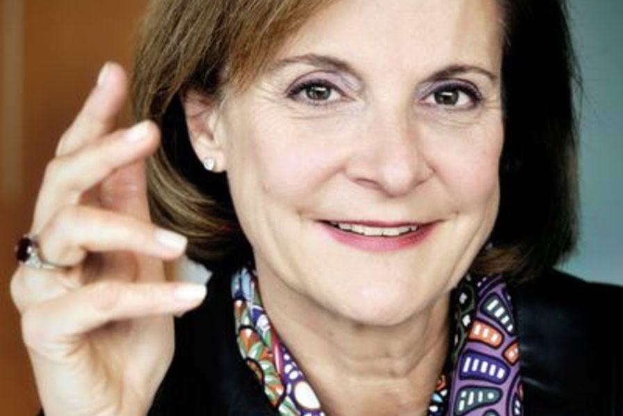<b>Dominique Reiniche</b> : Un sourire à 15 milliards - dominique-reiniche