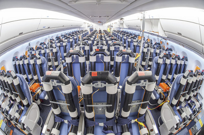 Photos embarquez bord de l 39 airbus a350 pour la for Interieur avion air france
